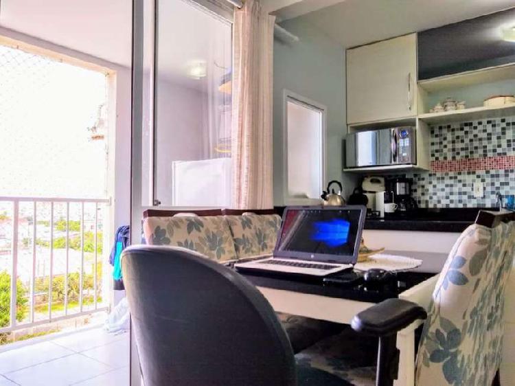 Apartamento 2 dormitórios com sacada no bairro Fátima em