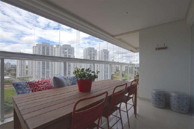 Apartamento 3 suítes frente Parque Cascavel