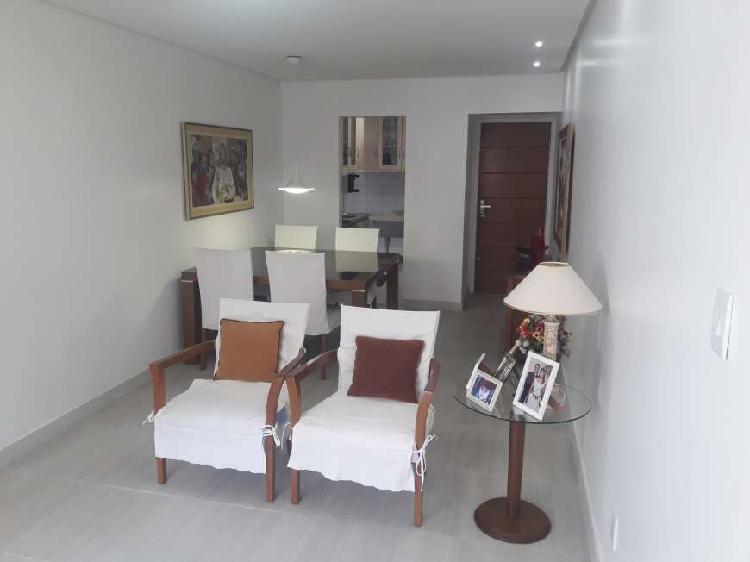 Apartamento Dois Quartos, Nascente no Costa Azul