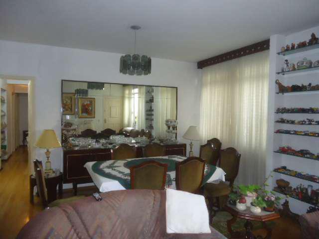 Apartamento no Jardim América - 3 quartos - garagem - 125