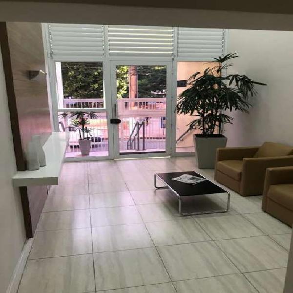 Apartamento para aluguel possui 50 metros quadrados com 1