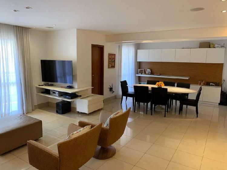 Apartamento para venda com 150 metros quadrados com 3