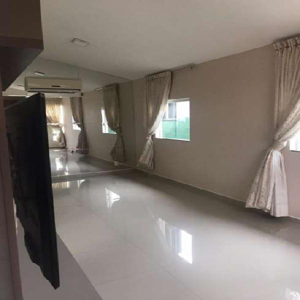 Casa de condomínio para aluguel possui 76 metros quadrados