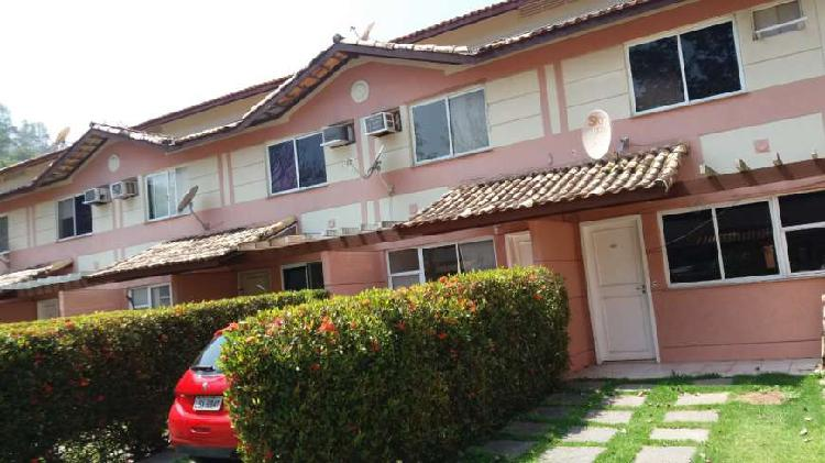 Casa de condomínio para venda possui 72 metros quadrados
