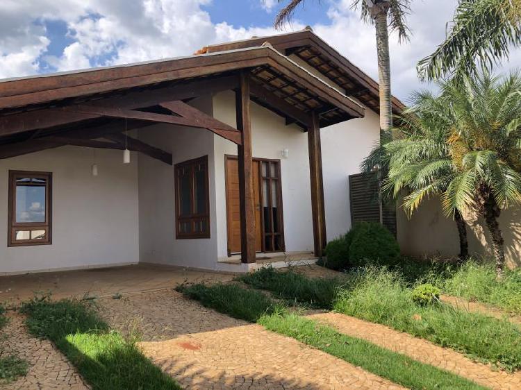 Casa em Condomínio para Venda em Piratininga, Residencial
