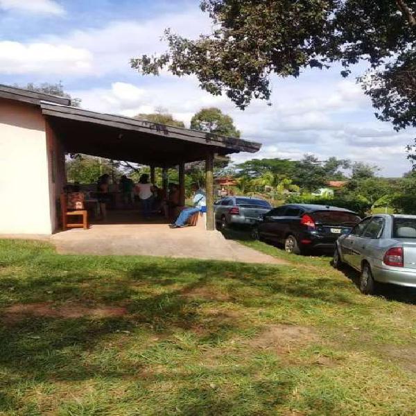 Chácara para venda tem 2700 metros quadrados em Rio Verde -