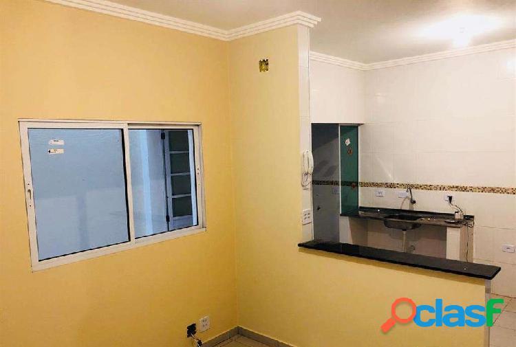 Lindo Apartamento com 2 Dormitórios sendo Deposito Caução