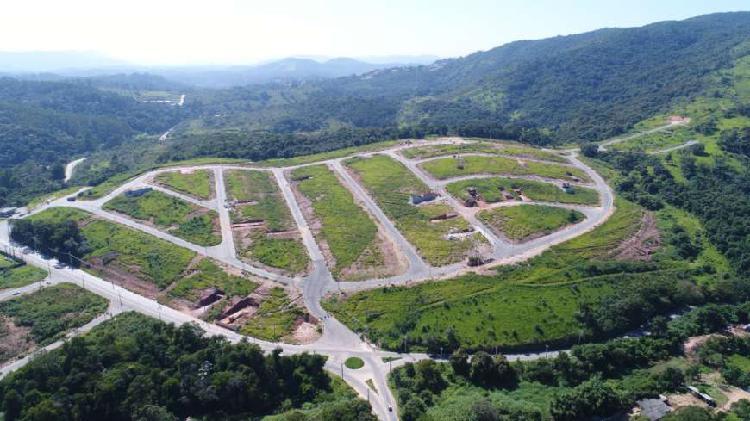 Lote/Terreno para venda tem 200 metros quadrados em