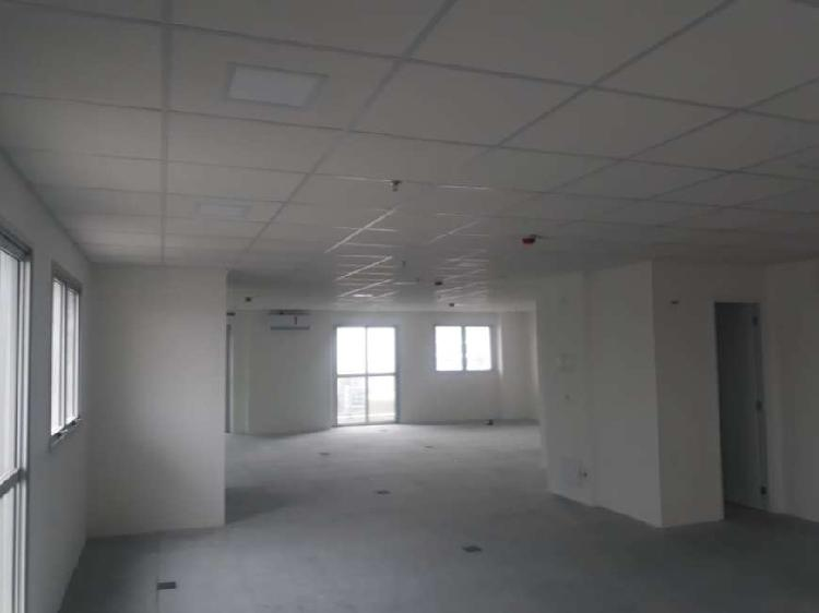 Sala/Conjunto para aluguel possui 193 metros quadrados em