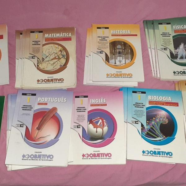 coleção objetivo(os intocáveis) completa com 34 livros +