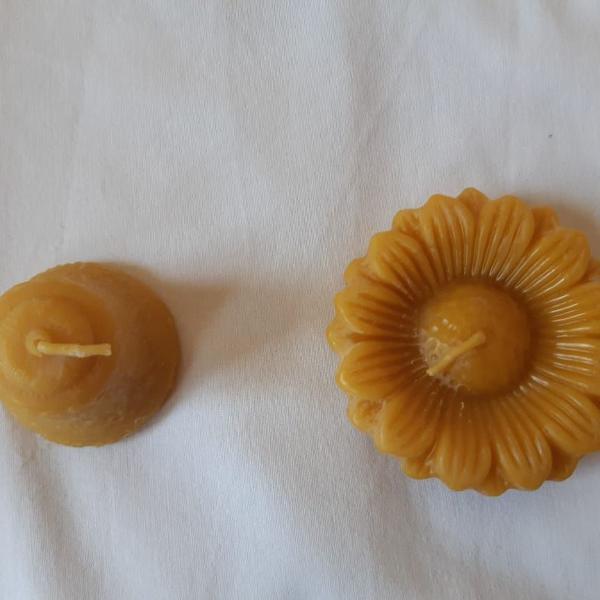 kit de velas de cera de abelha margarida e sino