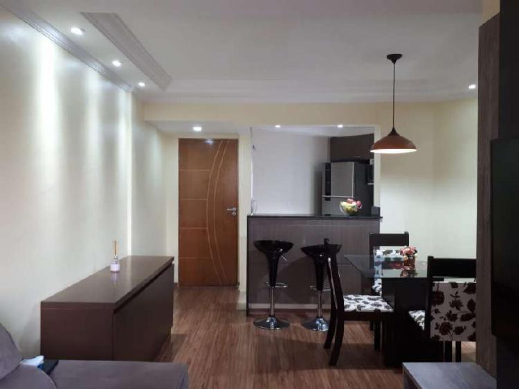 Apartamento 2 dormitórios, 1 vaga coberta, excelente