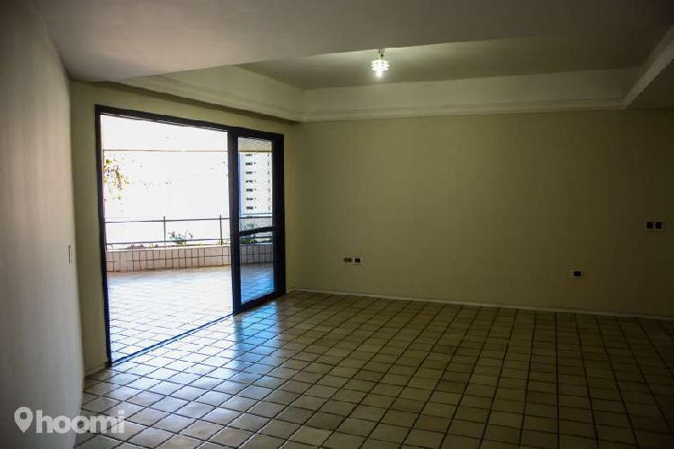 Apartamento para aluguel com 190 m² com 4 quartos em