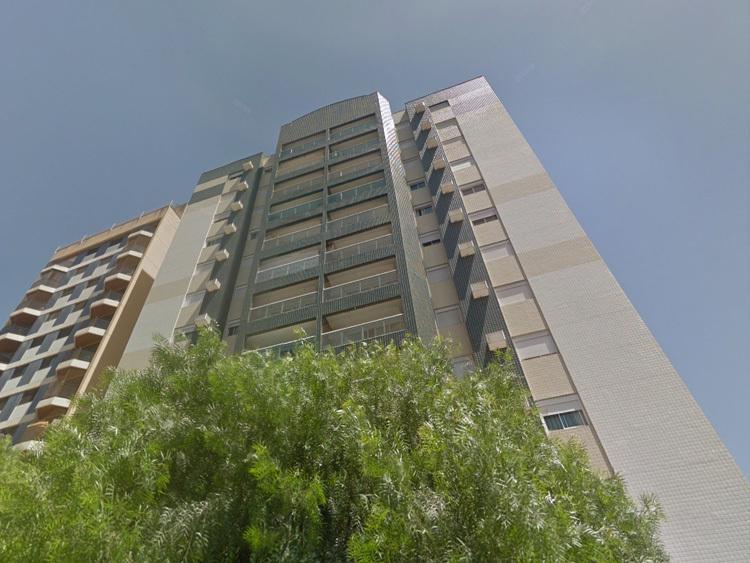Apartamento para venda tem 147 metros quadrados e 3 quartos
