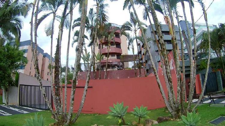 Apartamento para venda tem 188 metros quadrados com 4