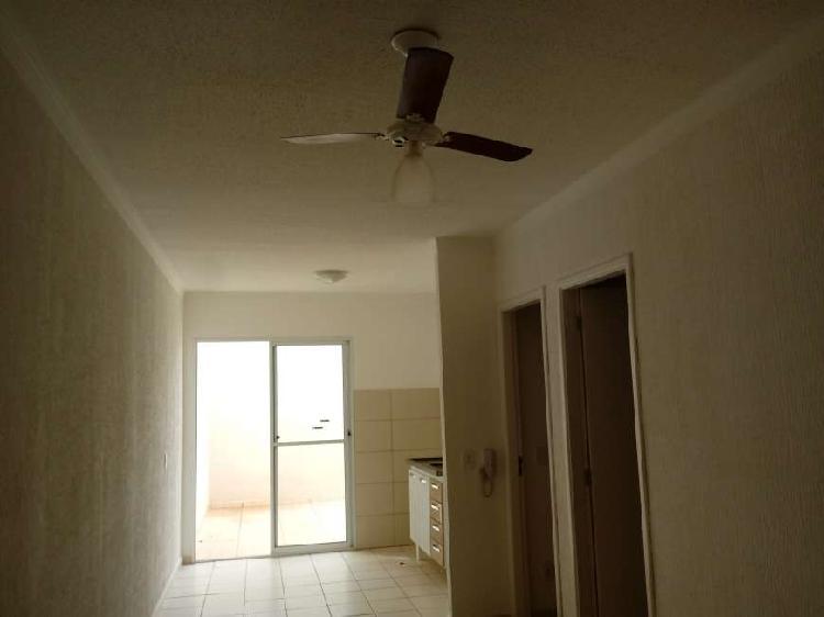 Casa de condomínio para aluguel possui 49 metros quadrados