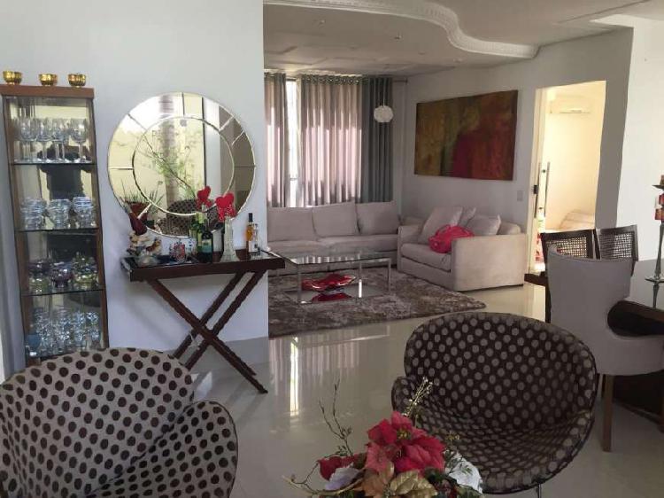 Casa de condomínio para venda com 300 metros quadrados com