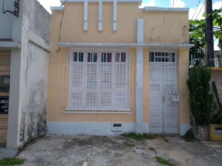 Casa para venda com 105 metros quadrados com 3 quartos em