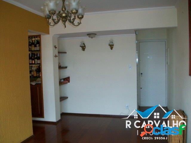 Apartamento de 100m² com 2 quartos e armários planejados -