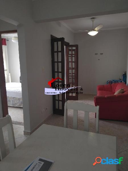 Sala Living Mobiliada Dividida para 1 dormitório