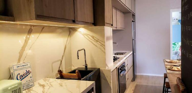 Apartamento no Ipiranga com 2 dormitórios, 1 suite, 1 vaga