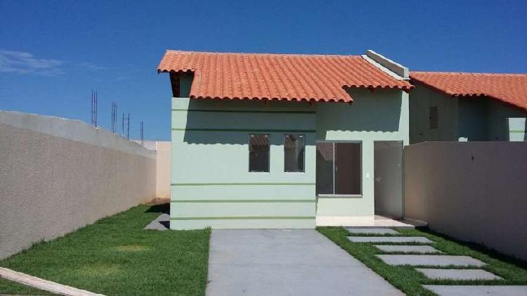 vende casa 2 quartos em condomínio fechado