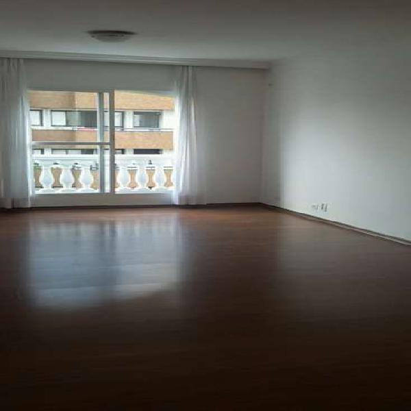 Apartamento 85 m² com 2 dormitórios 1 suíte 1 vaga.