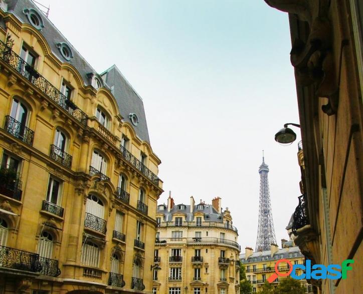 Apto no Champs de Mars com vista para a Torre Eiffel - Paris