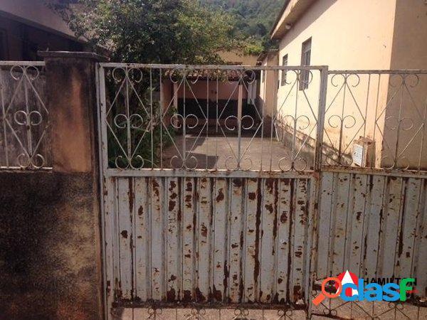 Casa em oportunidade! no bairro Santa Rita(Carioca)