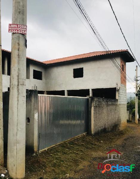Casa inacabada a venda no bairro da lagoa Vargem G Paulista