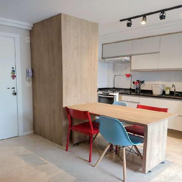 Edifício novo Andar alto apartamento 1 quarto Cabral Sacada