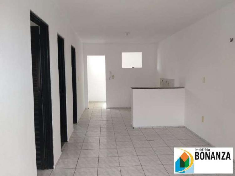Apartamento com 02 quartos no Montese com 50% no 1°