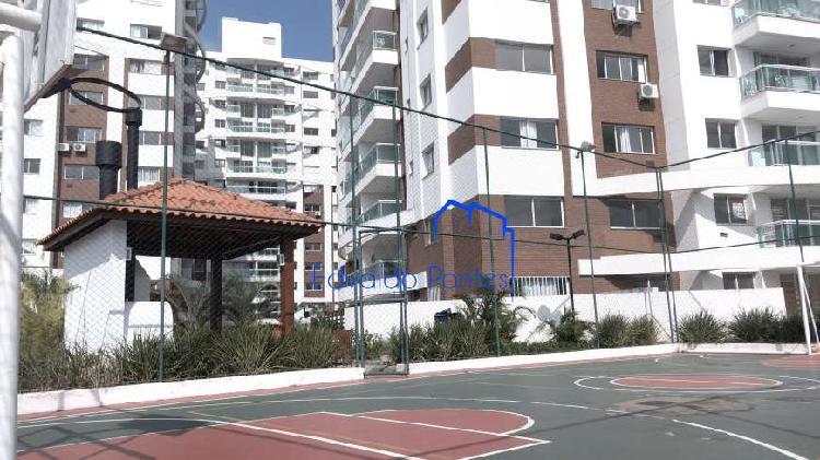 Apartamento para venda possui 124 metros em Barreiros - São