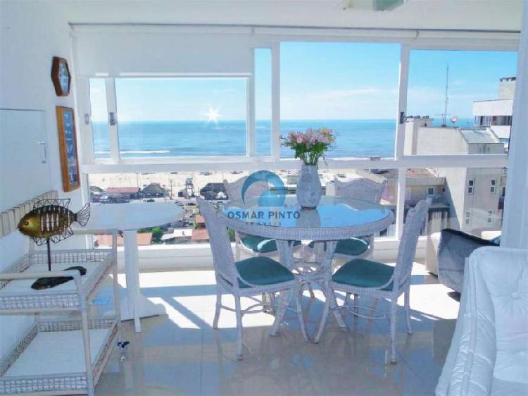 Apartamento 3 dormitórios com vista para o mar