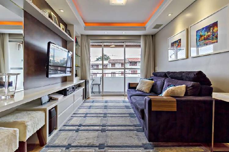 Apartamento Bacana de 03 quartos no Água Verde - Curitiba