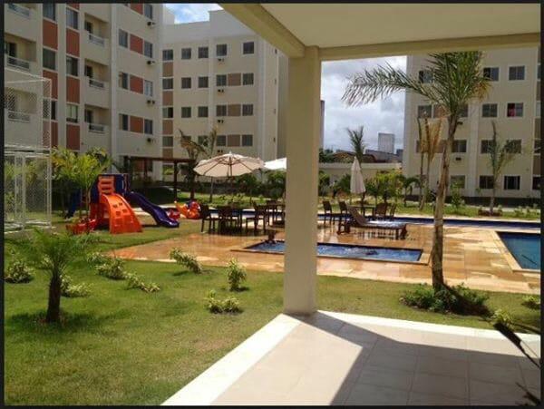 Apartamento na Maraponga,2 quartos,suíte,wc,ótima
