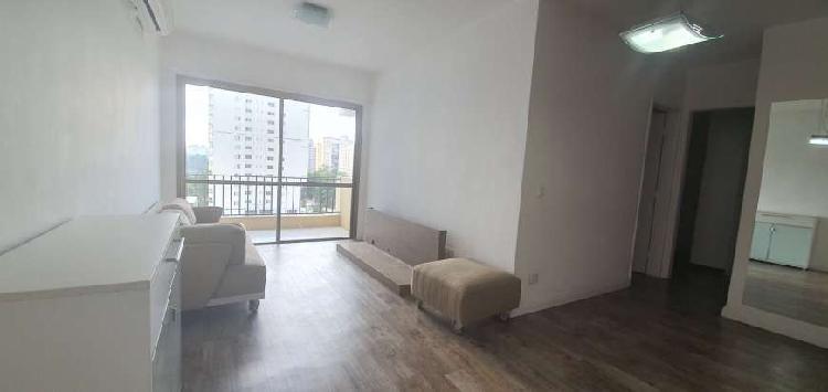 Apartamento para aluguel tem 61 metros quadrados com 2