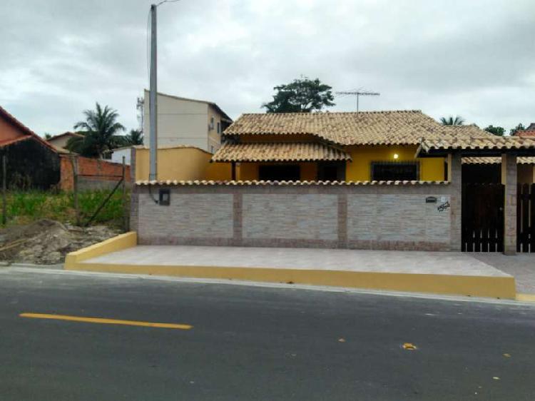 Casa com 4 quartos sendo 2 suítes em Itapeba - Maricá - RJ