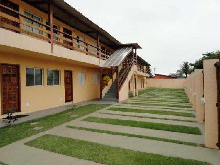 Casa de Vila com 2 dorms, Maitinga, Bertioga - R$ 220 mil,