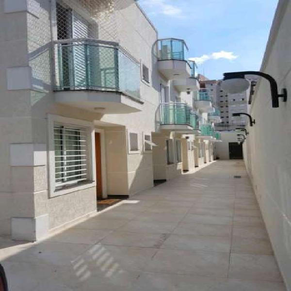 Casa de condomínio para venda tem 110 metros quadrados com