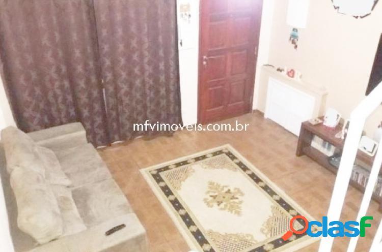 Casa em Vila Fechada de 3 quartos para venda em Pinheiros -