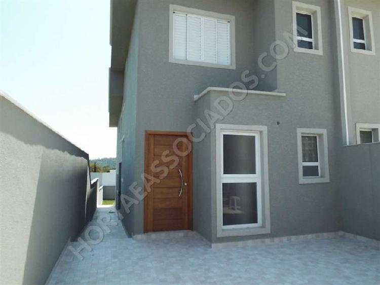 Casa para venda em Atibaia com 3 suítes e 2 vagas no Jardim