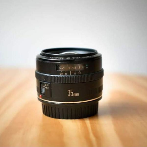 Ef Canon 35mm f/2 fullframe