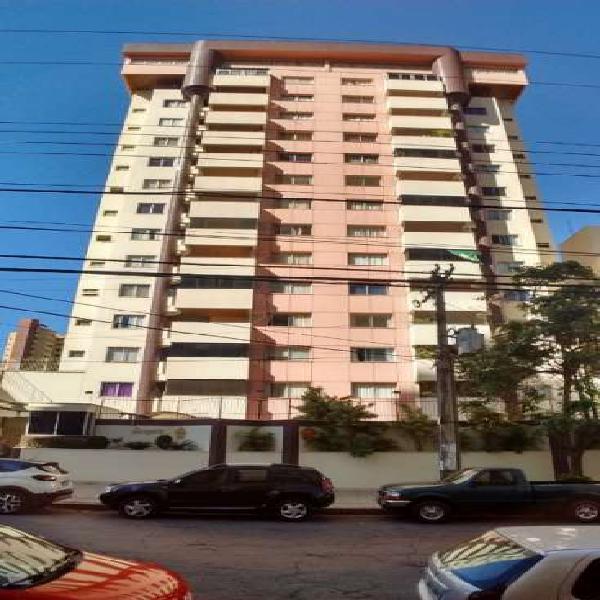 Apartamento 3 quartos no Setor Oeste
