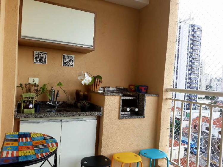 Apartamento no Tatuapé com 3 dormitórios suite e varanda