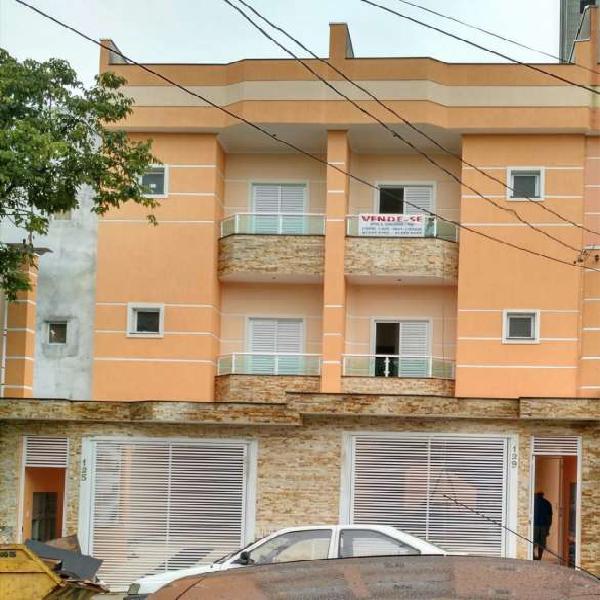 Cobertura para venda tem 140 metros quadrados e 2 quartos em