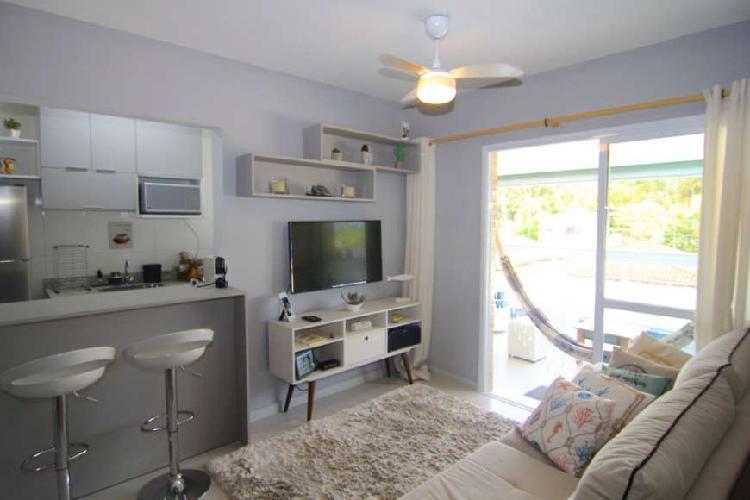 Lindo apartamento em Bertioga com 2 dormitórios sendo 1
