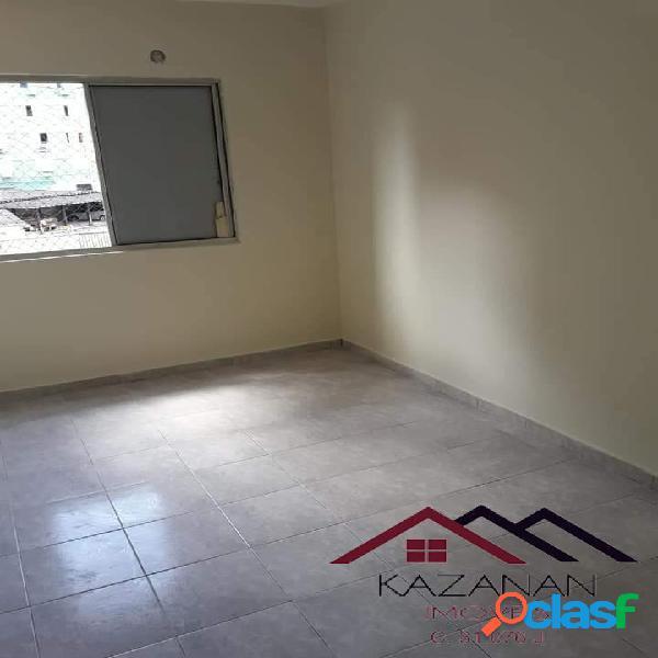 Apartamento 2 dormitórios no Saboó em Santos!!