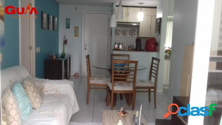 Apartamento com 02 quartos na Praia de Iracema