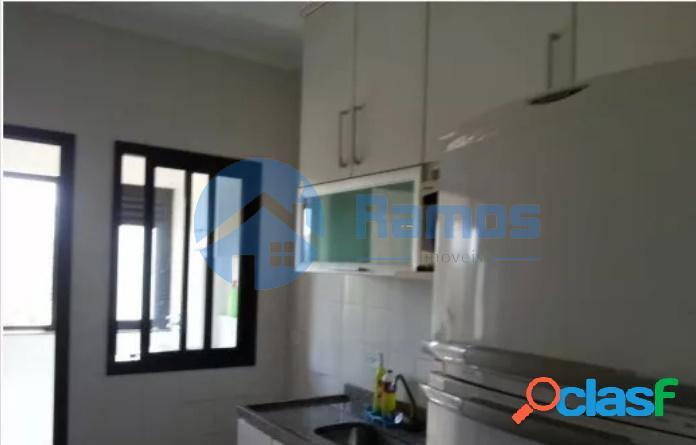 Apartamento com 3 dormitórios, cond. em Barueri